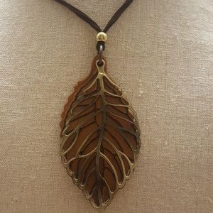Jewelry - Double Leaves Long Necklace